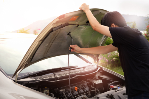 รถร้อนจนหม้อน้ำรั่ว ต้องเตรียมตัวแก้ปัญหาอย่างไรบ้าง